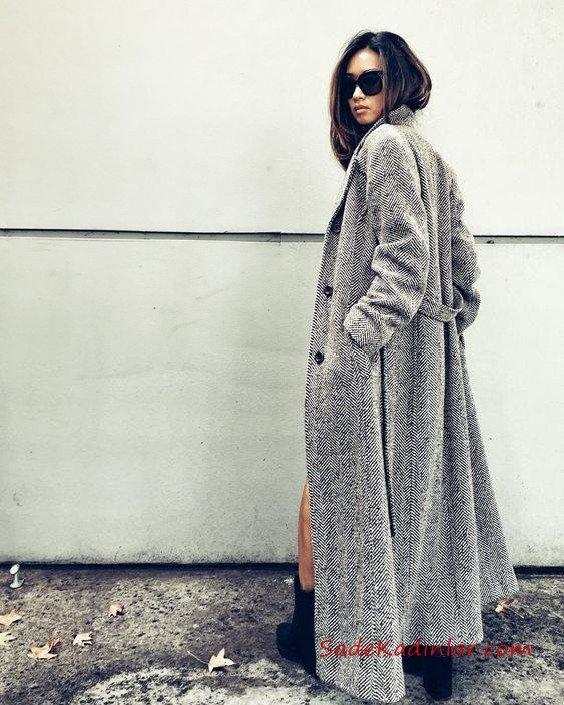 2021 Bayan Kaşe Kaban Modelleri Gri Uzun Önden Düğmeli Cepli Kumaş Kemerli Desenli