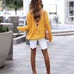 2019 Kış Kombinleri Beyaz Skinny Pantolon Sarı Sırtı Çapraz Bağcıklı Salaş Kazak