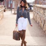2019 Kış Kombinleri Beyaz Yüksel Bel Pantolon Gri Göğüs Dekolteli Bluz