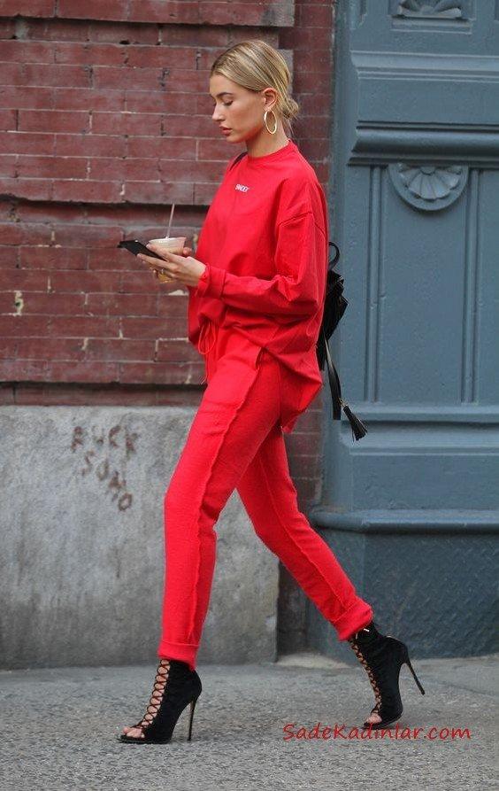 2021 Sonbahar Kış Moda Trendleri ve Moda Renkleri - Kırmızı Bağcıklı Pantolon Kırmızı Uzun Kollu Swet