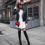 2019/2020 Sonbahar Kış Bayan Kombin Önerileri Beyaz Kısa V Yakalı Gömlek Elbise Siyah Kısa Deri Ceket