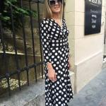 2020 Puantiyeli Elbise Modelleri Siyah Uzun V Yakalı Uzun Kol