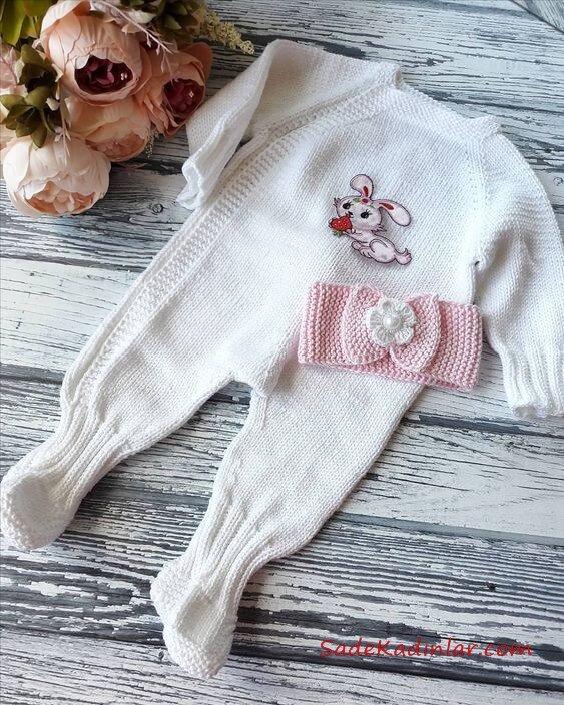 Örgü Bebek Tulum Modelleri beyaz Önü Yapıştırma Resimli Sade