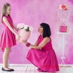 2019 Anne Kız Elbise Modelleri Pembe Kısa Kolsuz Yakalı Puantiyeli
