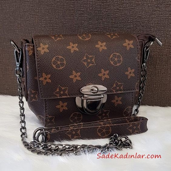2019 Bayan Çanta Modelleri Kahverengi Zincir Saplı Tokalı Desenli