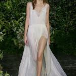 2019 Moda Trendleri Beyaz Uzun Askılı V YAkalı Kloş Etek Yırtmaçlı Dantel Detaylı Elbise