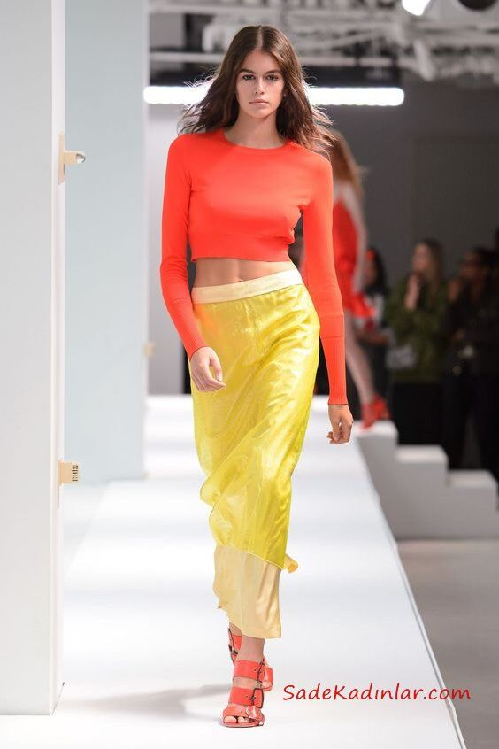 2019 Moda Trendleri Sarı Uzun Dar Etek Turuncu Uzun Kol Kısa Bluz