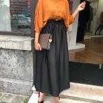 2020 Tesettür Etek Kombinleri Siyah Uzun Beli Lastikli Etek Sarı Salaş Gömlek Siyah Stiletto Ayakkabı