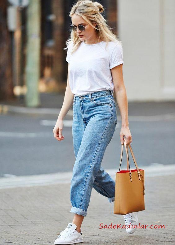 2019 Mom Jean Kombinleri Mavi Mom Jeans Beyaz Kısa Kollu Tişört Beyaz Sneaker Ayakkabı