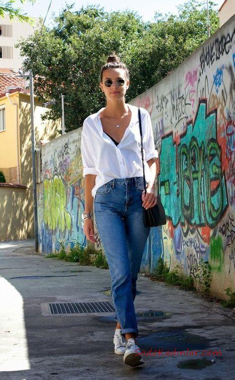 2019 Mom Jean Kombinleri Mavi Mom Jeans Beyaz Uzun Kol Gömlek Beyaz Sneaker