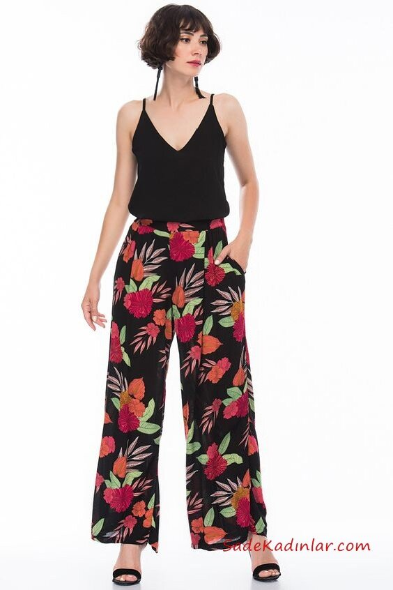 2020 Bol Pantolon Kombinleri Siyah Pantolon Çiçek Desenli Cepli Siyah Askılı Bluz