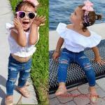 3-4 Yaş Kız Çocuk Kıyafet Kombinleri Lacivert Skinny Yırtık Pantolon Beyaz Straplez Bluz Pambe Babet Ayakkabı