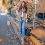 2021 Sonbahar Kış Sokak Modası Bayan Kıyafet Kombinleri Mavi Yırtık Skinny Pantolon Beyaz Uzun Kol Bluz Vizon Nubuk Topuklu Bot
