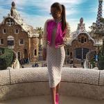 2021 Uzun Triko Kazak Elbise Kombinleri Krem Midi Boğazlı Elbise Pembe Kısa Ceket Pembe Spor Ayakkabı