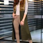 2019 Uzun Yelek Kombinleri Kahverengi Skinny Pantolon Vizon Boğazlı Kazak Yeşil Kürklü Yelek Kahverengi Topuklu Bot