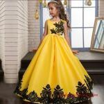 2019 Çocuk Abiye Modelleri Sarı Uzun Kolsuz Nakış İşlemeli