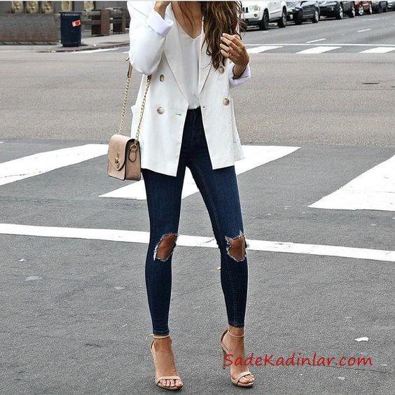 2019 Bayan Kombinleri Lacivert Yırtık Skinny Kot Pantolon Beyaz V Yaka Bluz Beyaz Ceket Vizon Topuklu Ayakkabı