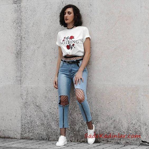 2019 File Çorap Kombinleri Mavi Yırtık Mom Jeans Beyaz Kısa Kollu Tişört Beyaz Spor Ayakkabı