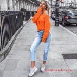 2019 Sokak Modası Mavi Capri Yırtık Kot Pantolon Turuncu Omzu Açık Salaş Kazak Gri Spor Ayakkabı