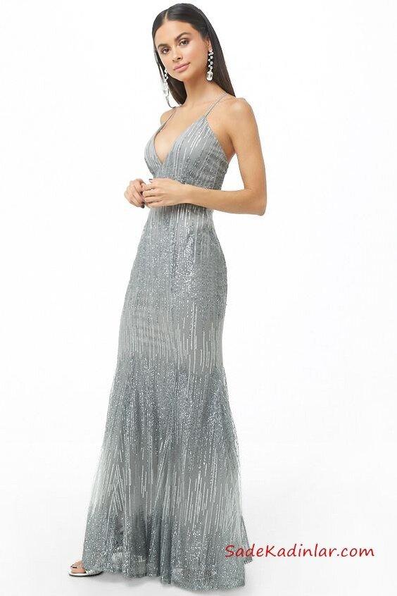 3e207168f0f92 2019 Yılbaşı İçin Gece Kıyafetleri Gümüş Uzun İp Askılı V Yaka Payetli Abiye  Elbise
