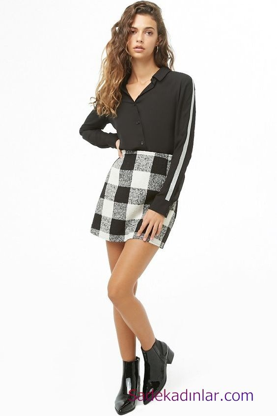 Siyah Gömlek Kombinleri Bayan Siyah Kısa Ekose Desenli Etek Siyah Uzun Kol Gömlek Siyah Rugan Topuklu Bot