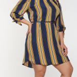2020 Büyük Beden Yazlık Elbise Modelleri Lacivert Kısa Omzu Açık Uzun Kol Çizgili