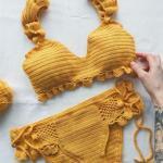 2019 Örgü Bikini Modelleri Sarı Askılı Kalp Yaka Yandan Bağcıklı