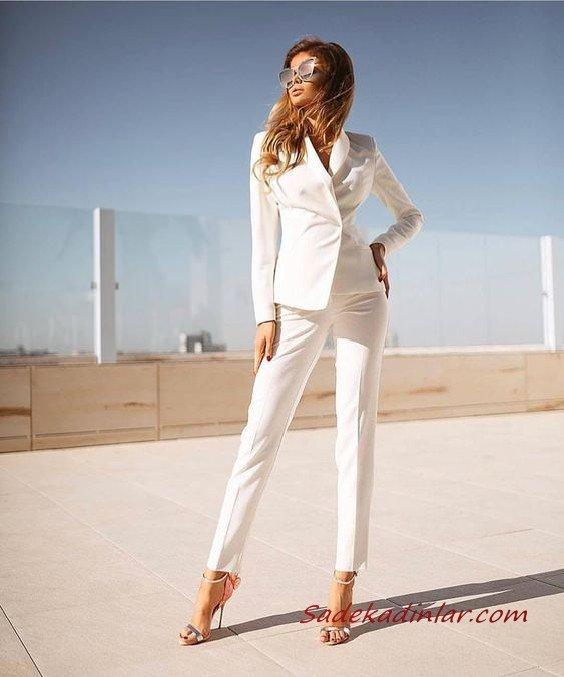 2021 Şık Bayan Kıyafet Kombinleri Beyaz Kalem Pantolon Beyaz Kısa Ceket Gümüş Stiletto Ayakkabı