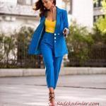 2021 Şık Bayan Kıyafet Kombinleri Saks Mavi Kumaş Pantolon Sarı V Yaka Bluz Saks Mavi Uzun Ceket Siyah Stiletto Ayakkabı