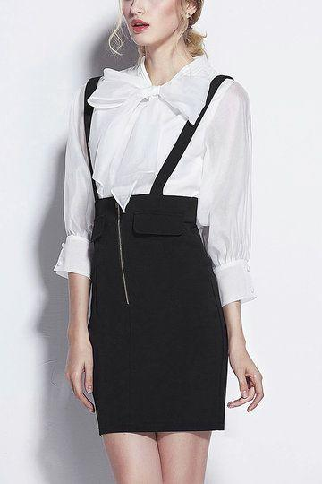 Siyah Etek Beyaz Gömlek Kombini