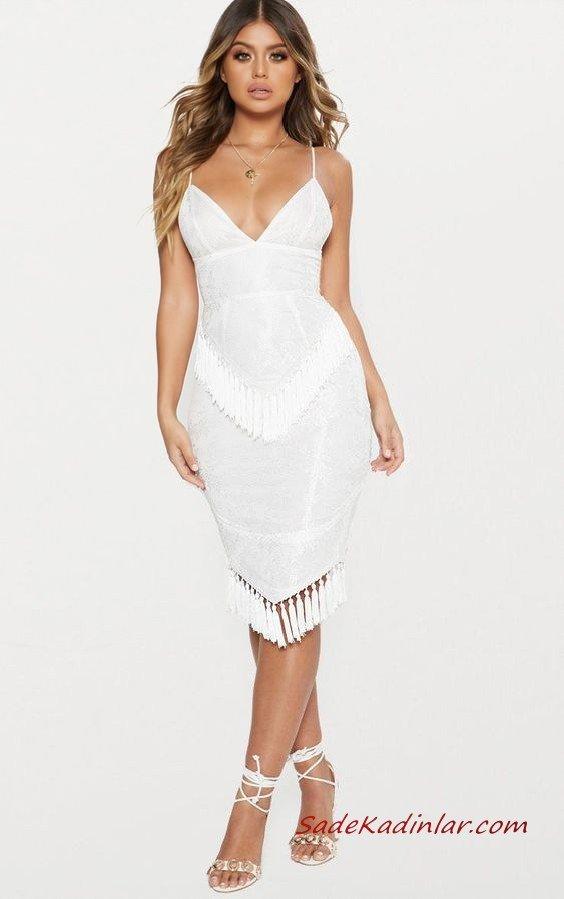 2020 Püsküllü Elbise Modelleri Beyaz Kısa İp Askılı V Yakalı Püsküllü