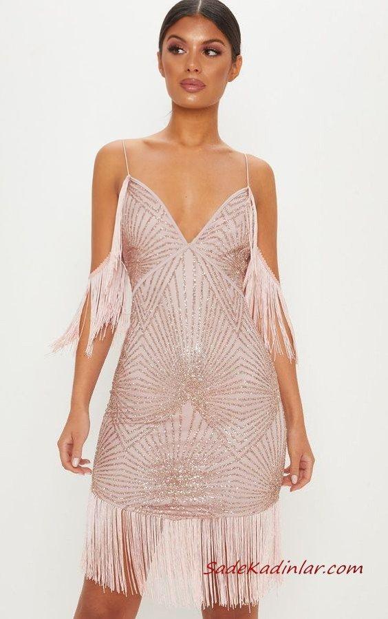 2019 Püsküllü Elbise Modelleri Pembe Kısa İp Askılı V Yakalı Payetli Püsküllü