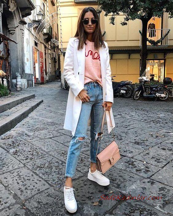 2019 Sokak Modası Mavi Yırtık Kot Pantolon Yavruağzı Bluz Beyaz Uzun Ceket Spor Ayakkabı