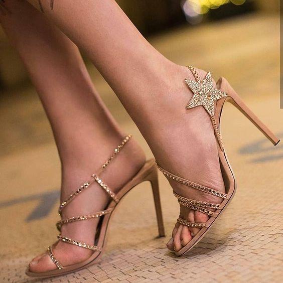 2019 Stiletto Ayakkabı Modelleri Gold Bantlı Yıldız Aksesuarlı Taşlı