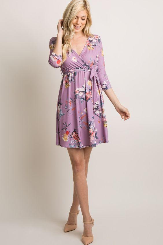 2020 Yazlık Elbise Modelleri Lila Kısa Uzun Kol Kruvaze Yaka Çiçek Desenli Krem Topuklu Ayakkabı