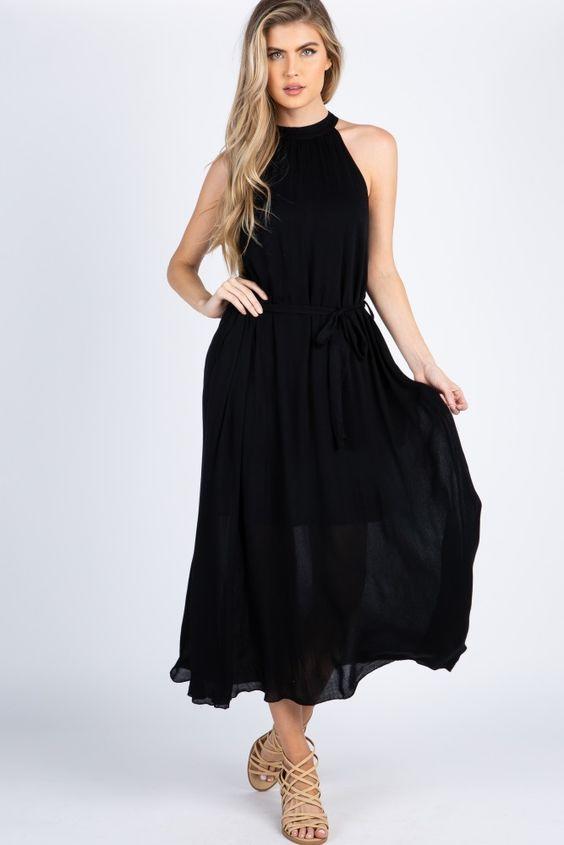 2020 Yazlık Elbise Modelleri Siyah Uzun Halter Yaka Kloş Etekli Sade Krem Bantlı Topuklu Ayakkabı