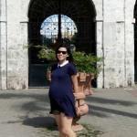 Hamile Kombinleri İçin Kıyafet Önerileri Şort ve Lacivert Uzun T-Shirt