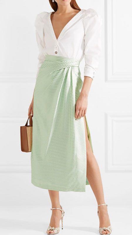 2019 Mint Yeşili Kombinler Yeşil Misi Yırtmaçlı Etek Beyaz Uzun Kol V Yaka Gömlek Gri Topuklu Ayakkabı