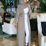 2019 Tesettür Kombinleri Beyaz Pantolon Gömlek Kahverengi Uzun Hırka Beyaz Stiletto Ayakkabı