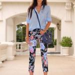 Bayanlar İçin Yazlık Kombinler Siyah Çiçekli Kalem Pantolon Mavi Şifon Gömlek Kahverengi Stiletto Ayakkabı