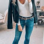 2020 İlkbahar Yaz Kombinleri Lacivert Skinny Koy Pantolon Beyaz V Yaka Bluz Siyah Kısa Deri Ceket Kahverengi Topuklu Kısa Bot