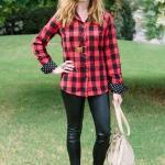 2020 Ekose Gömlek Kombinleri Siyah Deri Pantolon Kırmızı Uzun Kollu Ekose Desenli Gömlek Stiletto Ayakkabı