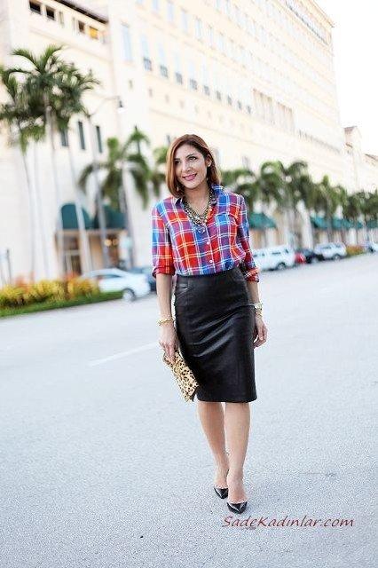 2019 Ekose Gömlek Kombinleri Siyah Midi Deri Etek Kırmızı Uzun Kollu Ekose Desenli Gömlek Stiletto Ayakkabı