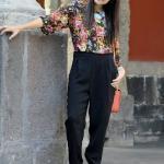 2020 Şalvar Pantolon Kombinleri Siyah Pantolon Çiçek Desenli Yetim Kol Bluz Siyah Dolgu Topuk Ayakkabı