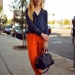 2020 Şalvar Pantolon Kombinleri Turuncu Pantolon Lacivert Uzun Kollu Çizgili Gömlek Vizon Stiletto Ayakkabı