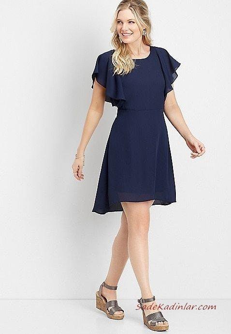 2019 Yazlık Elbise Modelleri Lacivert Şifon Kısa Yuvarlak Yaka Beli Büzgülü Gri Dolgu Topuklu Ayakkabı