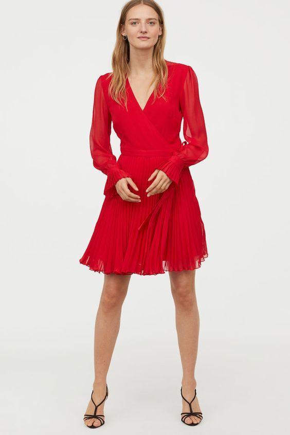 h&m Parti Elbiseleri Kırmızı Kısa Uzun Kollu V Yakalı Pileli Etekli