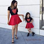 2020 Anne Kız Kıyafet Kombinleri Kırmızı Mini Etek Siyah Kalp Baskılı Kısa Kollu Bluz