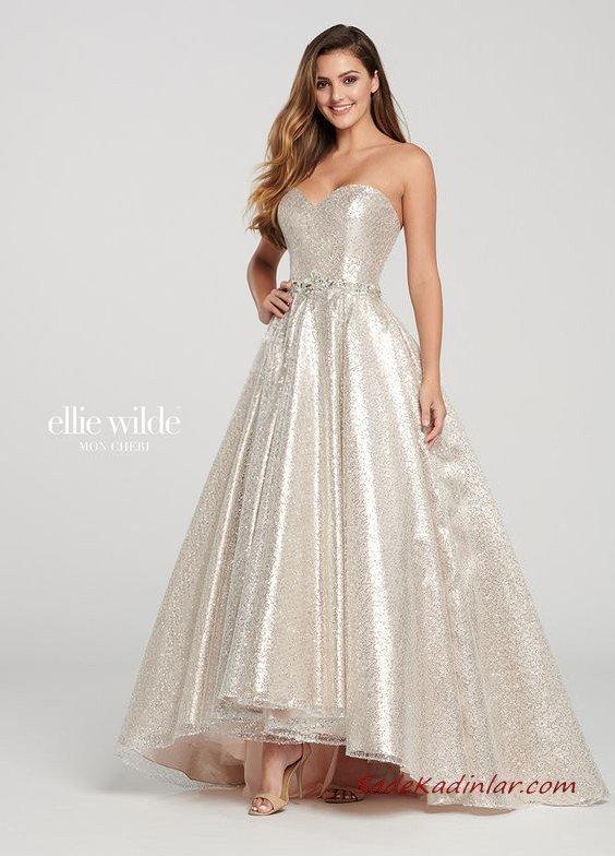 Ellie Wilde Uzun Abiye Modelleri Beyaz Straplez Kabarık Pul İşlemeli
