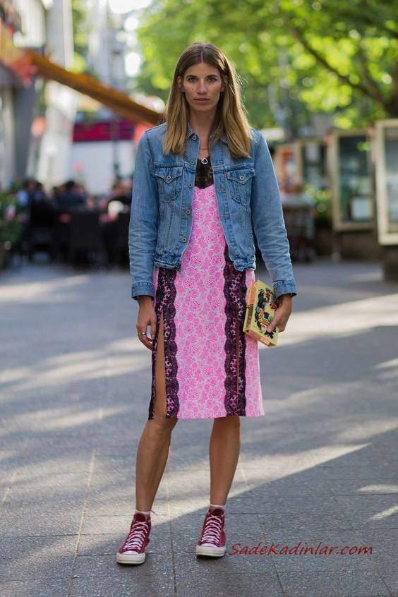 2019 Yazlık Kombinler Pembe Dizboyu Yırtmaçlı Desenli Elbise Kot Ceket Fuşya Converse Spor Ayakkabı Sarı El Çantası